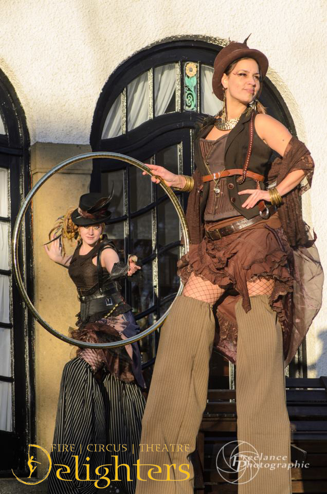 Steam Punk stilt walkers